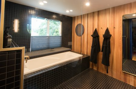 Pettus-Czar/Fuller Bathrooms